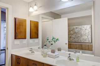 Photo 32: 254 21 Avenue NE in Calgary: Tuxedo Park Semi Detached for sale : MLS®# C4275757
