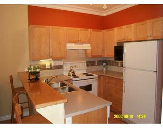 """Photo 5: 1675 W 10TH Avenue in VANCOUVER: Fairview VW Condo for sale in """"NORFOLK HOUSE"""" (Vancouver West)  : MLS®# V612370"""