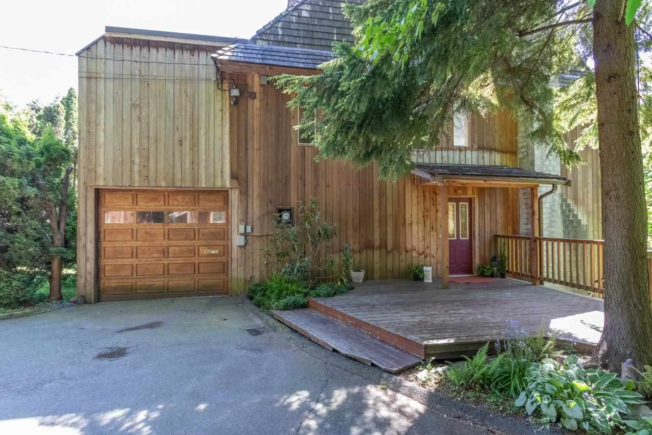 Main Photo: 2069 WESTVIEW Drive in North Vancouver: Mosquito Creek House for sale : MLS®# R2592197