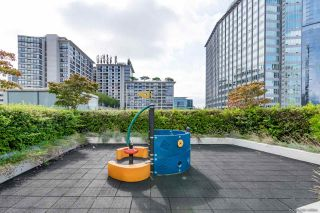 "Photo 26: 2405 1028 BARCLAY Street in Vancouver: West End VW Condo for sale in ""PATINA"" (Vancouver West)  : MLS®# R2555762"