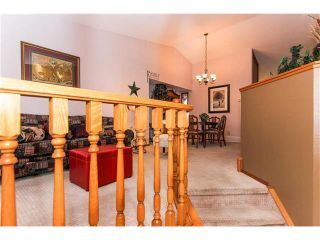 Photo 4: 139 MCKERRELL Way SE in Calgary: McKenzie Lake House for sale : MLS®# C4102134