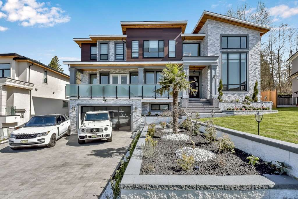 Main Photo: 2908 165B Street in Surrey: Grandview Surrey House for sale (South Surrey White Rock)  : MLS®# R2564645