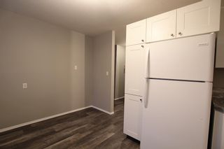 Photo 4: 5501 37 Street: Red Deer Multi Family for sale : MLS®# A1130594
