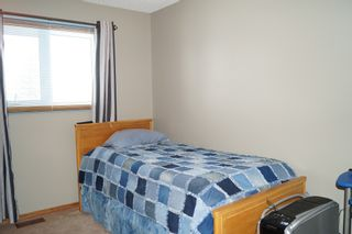 Photo 25: 98 Larch Bay in Oakbank: Single Family Detached for sale : MLS®# 1304327