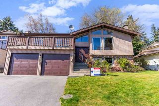 Photo 1: 35369 ROCKWELL Drive in Abbotsford: Abbotsford East House for sale : MLS®# R2573360