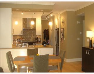 Photo 3: 158 W 14TH Avenue in Vancouver: Mount Pleasant VW Townhouse for sale (Vancouver West)  : MLS®# V756287