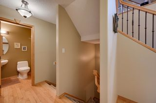 Photo 18: 227 LINDSAY Crescent in Edmonton: Zone 14 House for sale : MLS®# E4265520