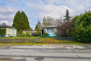 Photo 1: 3244 OXFORD Street in Port Coquitlam: Glenwood PQ House for sale : MLS®# R2399114