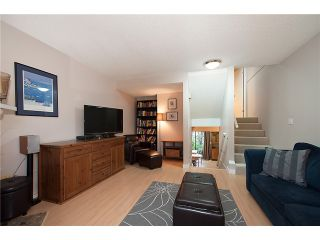 Photo 2: 216 BALMORAL PL in Port Moody: North Shore Pt Moody Townhouse for sale : MLS®# V1041716
