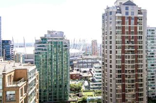 """Photo 8: 1907 833 HOMER Street in Vancouver: Downtown VW Condo for sale in """"ATELIER"""" (Vancouver West)  : MLS®# R2067914"""