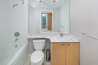 """Photo 13: 2604 1200 W GEORGIA Street in Vancouver: West End VW Condo for sale in """"RESIDENCES ON GEORGIA"""" (Vancouver West)  : MLS®# R2449777"""