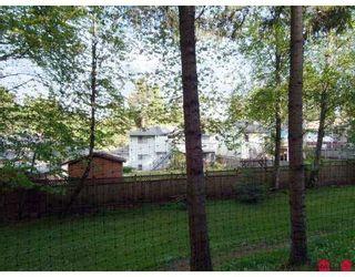 Photo 10: 206 10560 154TH Street in Surrey: Guildford Condo  (North Surrey)  : MLS®# F2709193