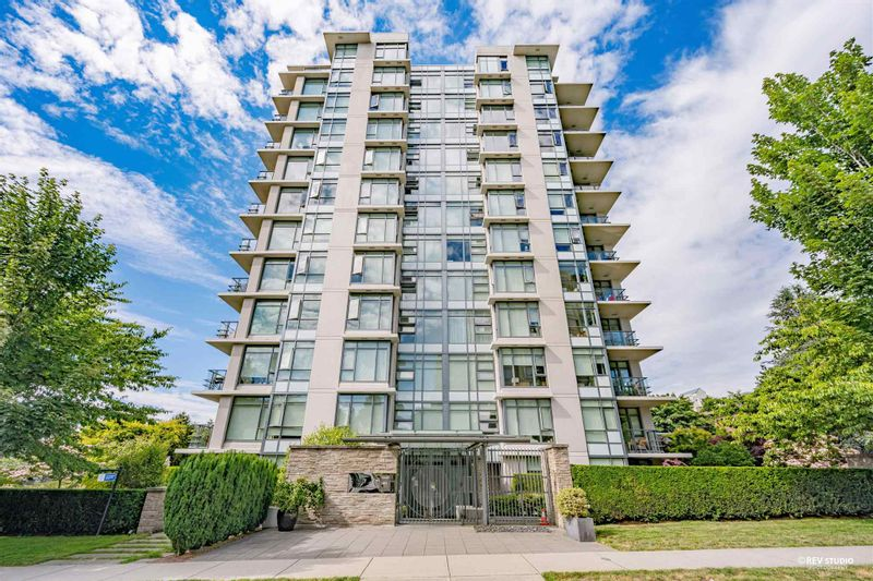 FEATURED LISTING: 1107 - 1333 11TH Avenue West Vancouver
