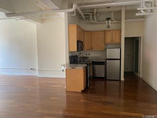 Photo 3: 312 W 5th Street Unit M10 in Los Angeles: Residential for sale (C42 - Downtown L.A.)  : MLS®# SR21201772