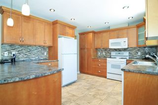 Photo 8: 11781 GEE Street in Maple Ridge: East Central House for sale : MLS®# R2602105
