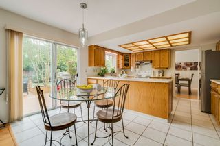 """Photo 12: 1720 130 Street in Surrey: Crescent Bch Ocean Pk. House for sale in """"SUMMER HILL"""" (South Surrey White Rock)  : MLS®# R2405709"""