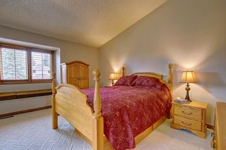 Photo 12: 153 SHAWNEE Court SW in Calgary: Shawnee Slopes Detached for sale : MLS®# C4242330