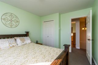 """Photo 16: 2258 MOUNTAIN Drive in Abbotsford: Abbotsford East House for sale in """"Mountain Village"""" : MLS®# R2543392"""