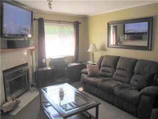 """Photo 4: 105 11255 HARRISON Street in Maple Ridge: East Central Townhouse for sale in """"RIVER HEIGHTS"""" : MLS®# V1107539"""