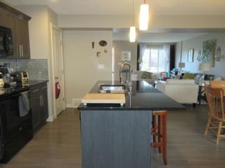 Photo 7: 1376 STARLING Drive in Edmonton: Zone 59 House Half Duplex for sale : MLS®# E4261958