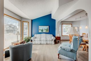 Photo 6: 205 Hawkmount Close NW in Calgary: Hawkwood Detached for sale : MLS®# A1092533