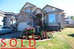 Main Photo: 14448 74a in surrey: House for sale : MLS®# R2002652