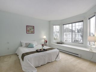 """Photo 13: 4 12500 MCNEELY Drive in Richmond: East Cambie Townhouse for sale in """"FRANCISCO VILLAGE"""" : MLS®# R2336986"""