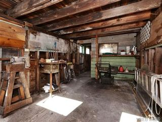 Photo 17: 2636 Victor St in VICTORIA: Vi Oaklands House for sale (Victoria)  : MLS®# 702369