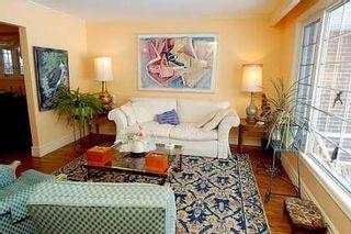 Photo 4: 19 Walkerton Drive in Markham: House (Backsplit 4) for sale (N11: LOCUST HIL)  : MLS®# N1360301