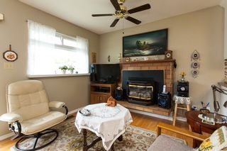 Photo 12: 21583 93B Avenue in Langley: Walnut Grove House for sale : MLS®# R2160482