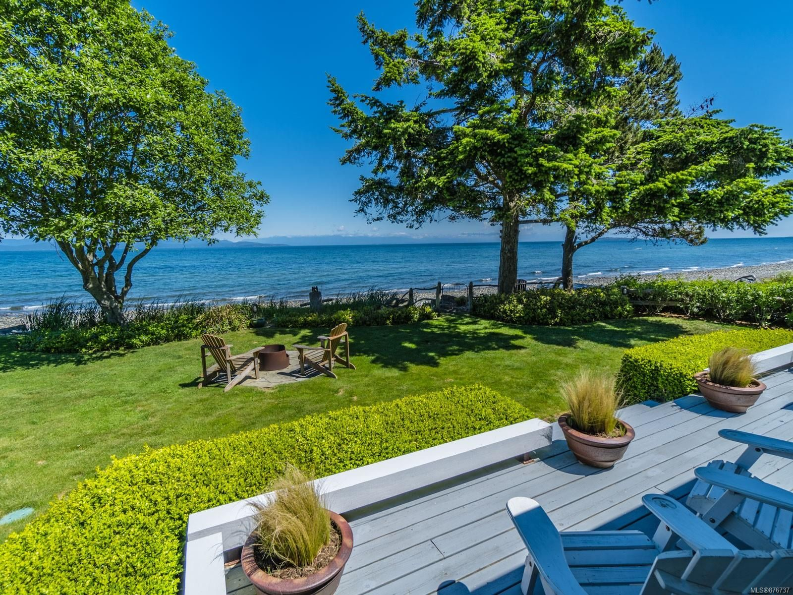 Main Photo: 953 Shorewood Dr in : PQ Parksville House for sale (Parksville/Qualicum)  : MLS®# 876737