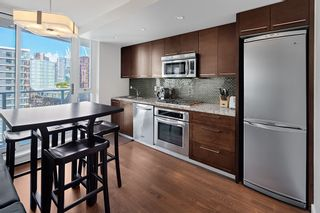 Photo 8: 1801 918 COOPERAGE WAY in Vancouver: Yaletown Condo for sale (Vancouver West)  : MLS®# R2502607