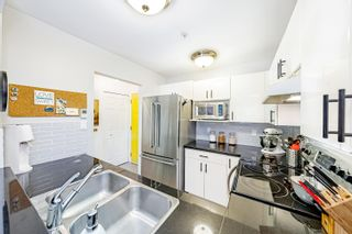 Photo 14: N203 628 W 13TH Avenue in Vancouver: Fairview VW Condo for sale (Vancouver West)  : MLS®# R2621495
