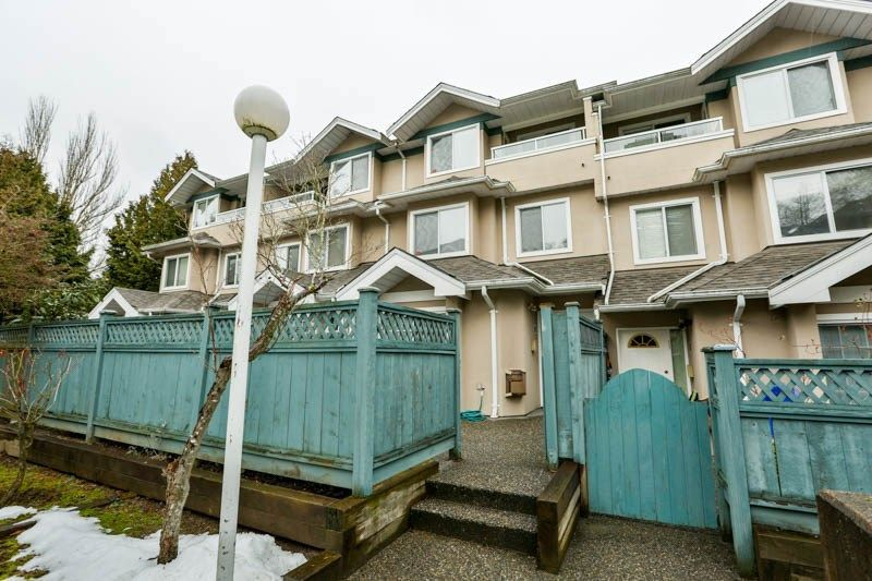 """Main Photo: 9 7128 18TH Avenue in Burnaby: Edmonds BE Townhouse for sale in """"Winston Gate"""" (Burnaby East)  : MLS®# R2243682"""