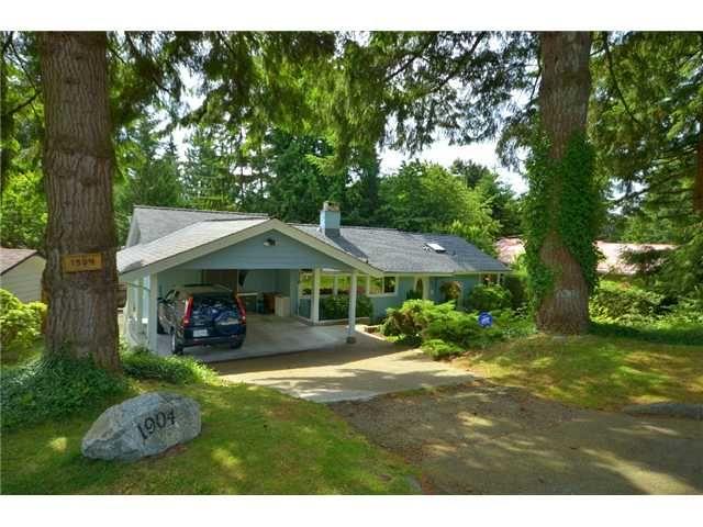 "Main Photo: 1904 ALDERLYNN Drive in North Vancouver: Westlynn House for sale in ""WESTLYNN"" : MLS®# V900974"