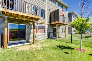 Photo 2: 237 Hillcrest Square SW: Airdrie Row/Townhouse for sale : MLS®# A1124406