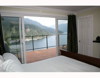 Photo 10: 4720 EASTRIDGE Road in North Vancouver: Deep Cove House for sale : MLS®# V748012