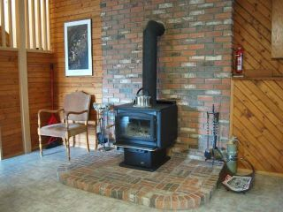 Photo 11: 945 TILLAR ROAD in Naramata: Residential Detached for sale : MLS®# 130708
