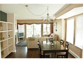 """Photo 3: 21 240 10TH Street in New Westminster: Uptown NW Townhouse for sale in """"COBBLESTONE WALK"""" : MLS®# V967103"""