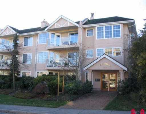 """Main Photo: 306 1369 GEORGE ST: White Rock Condo for sale in """"CAMEO TERRACE"""" (South Surrey White Rock)  : MLS®# F2525929"""