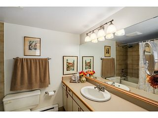 """Photo 9: 1724 CYPRESS Street in Vancouver: Kitsilano Townhouse for sale in """"CYPRESS MEWS"""" (Vancouver West)  : MLS®# V1083303"""