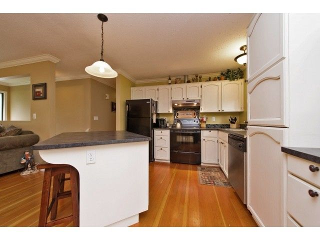 Photo 8: Photos: 35371 WELLS GRAY Avenue in Abbotsford: Abbotsford East House for sale : MLS®# F1439280