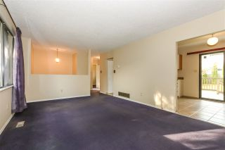 Photo 4: 15041 88A Avenue in Surrey: Bear Creek Green Timbers House for sale : MLS®# R2326448