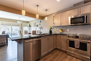 Photo 3: 79 1391 STARLING Drive in Edmonton: Zone 59 Townhouse for sale : MLS®# E4227222