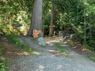 "Photo 33: 1512 TIDEVIEW Road in Gibsons: Gibsons & Area House for sale in ""LANGDALE"" (Sunshine Coast)  : MLS®# R2535465"