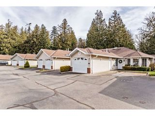 "Photo 3: 11 1973 WINFIELD Drive in Abbotsford: Abbotsford East Townhouse for sale in ""Belmont Ridge"" : MLS®# R2551431"