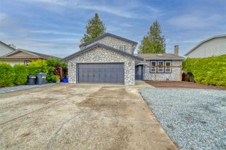 Photo 1: 20117 50 Avenue in Langley: Langley City House for sale : MLS®# R2542736