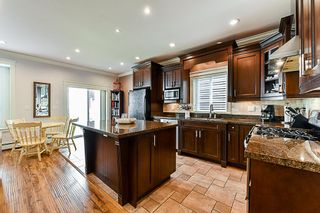 Photo 3: 6739 191A Street in Surrey: Clayton House for sale (Cloverdale)  : MLS®# R2343622