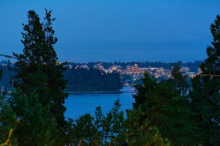 """Photo 8: 2386 KINGS Avenue in West Vancouver: Dundarave House for sale in """"Dundarave Village by the Sea"""" : MLS®# R2620765"""