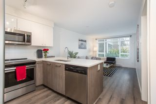 """Photo 7: 204 2525 CLARKE Street in Port Moody: Port Moody Centre Condo for sale in """"THE STRAND"""" : MLS®# R2545732"""
